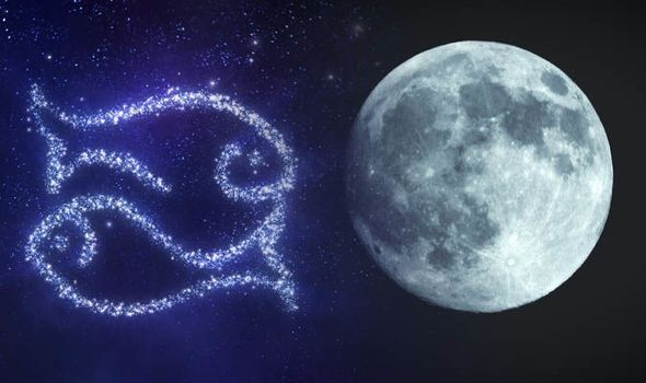 Full Moon horoscope August Moon zodiac star sign meaning 1008791.jpg